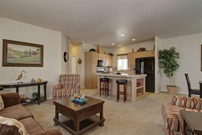 AF2444 living room1