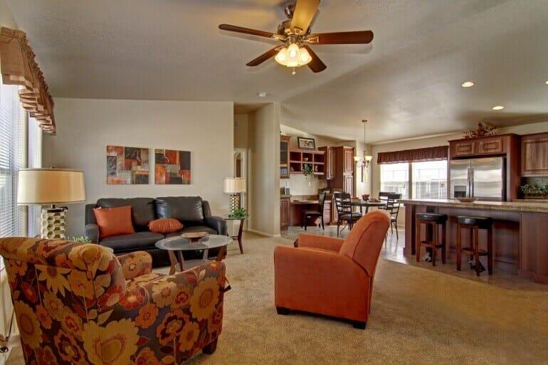 AF2856E living room2 770 513 - 11
