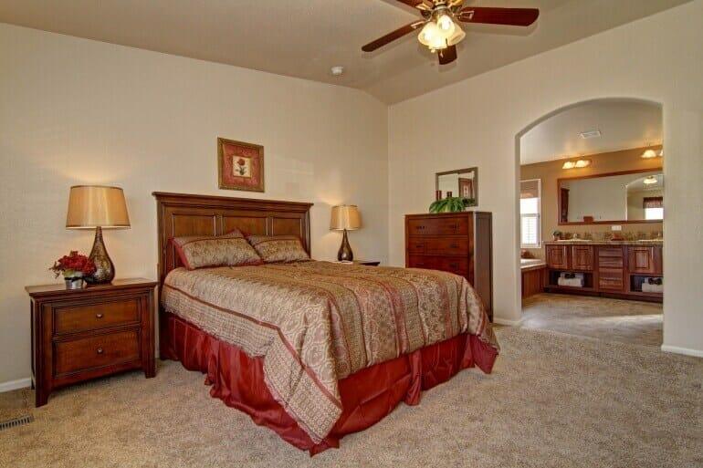 AF2856E master bedroom2 770 513 - 22