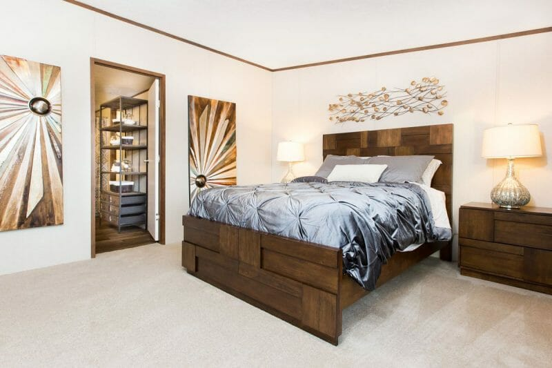 Manufactured JUBILATION 21TRU28603RH Master Bedroom 20170323 1533497506043 - 17