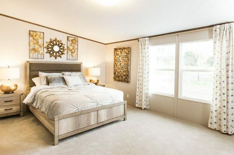 Manufactured PRIDE 36TRU28684RH Master Bedroom 20170323 1415552519909 - 19