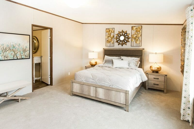 Manufactured PRIDE 36TRU28684RH Master Bedroom - 20