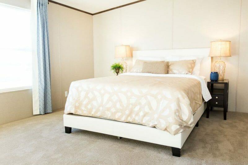 Manufactured WONDER 36TRU28724RH Master Bedroom - 3