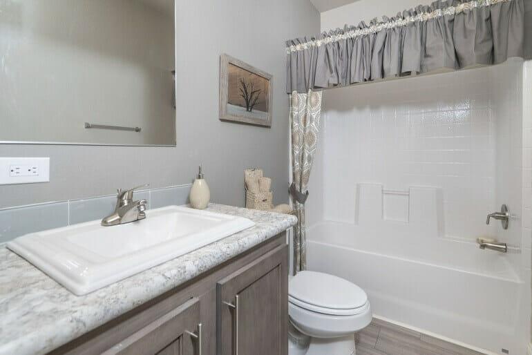American Freedom 3266 Bathroom 1 770 514 - 3