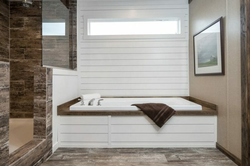 Manufactured THE LITTLEFIELD 45TMA34663AH Master Bathroom 20171004 0926110855452 - 8