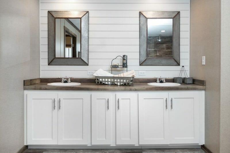 Manufactured THE LITTLEFIELD 45TMA34663AH Master Bathroom 20171004 0926112335699 - 6