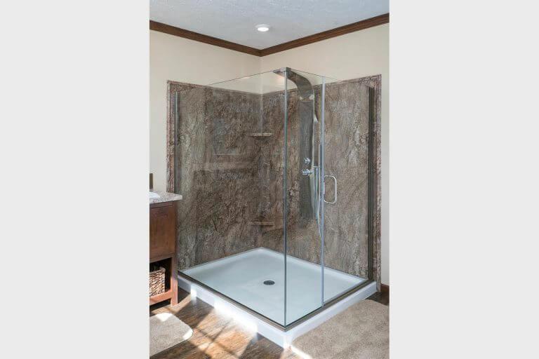 03-new-era-radiant-spa-bath-shower.jpg