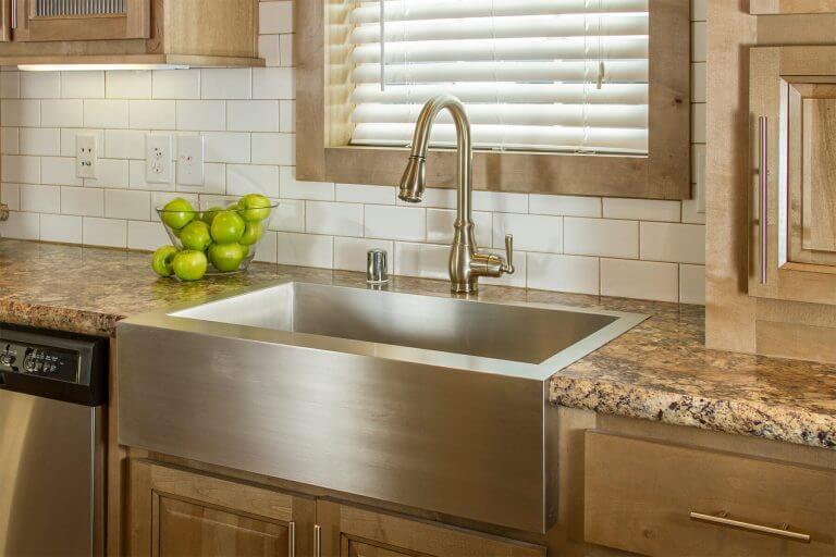 06-uk2-kitchen-sink.jpg