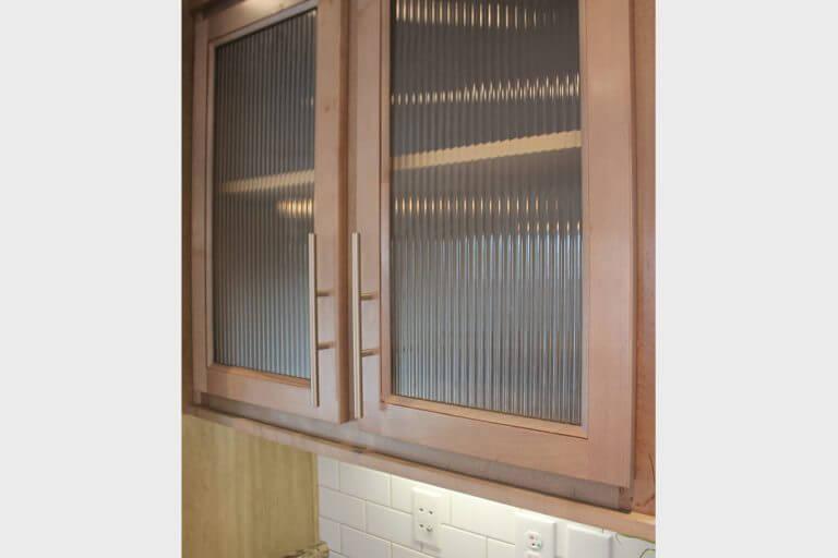 10-uk2-fluted-glass-doors.jpg