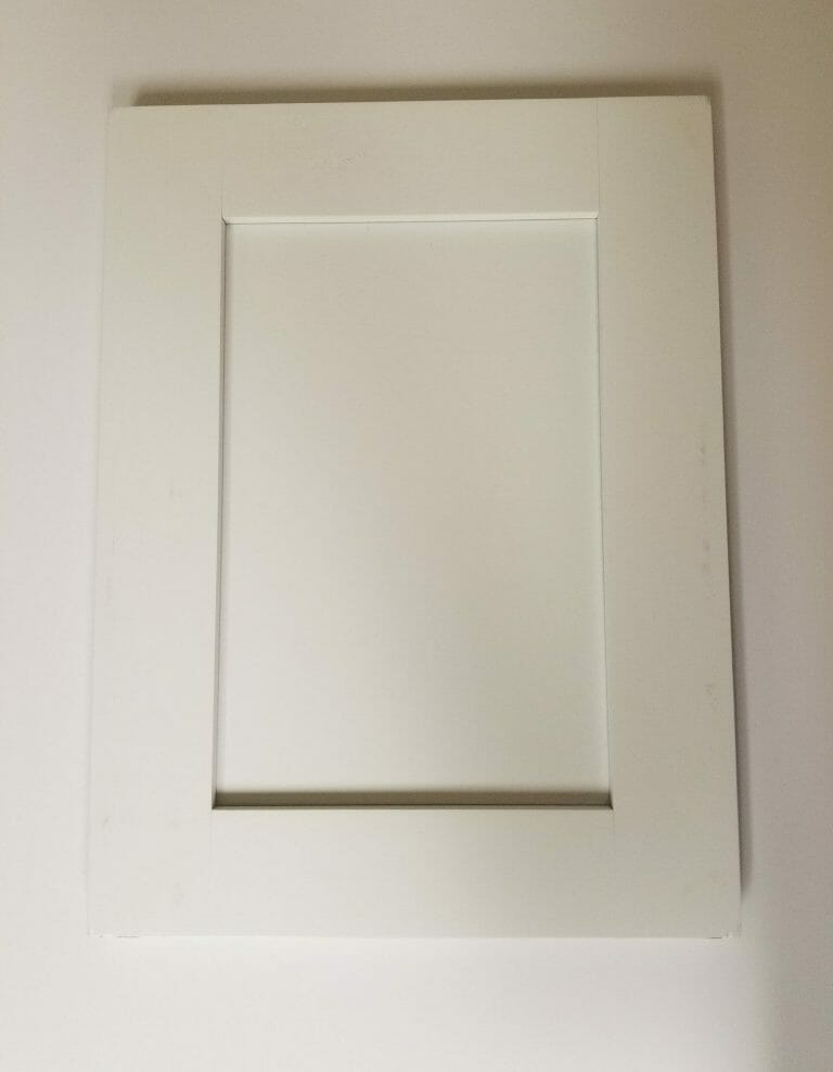 Cabinet-Ontario-White-Replaces-white-scaled.jpg