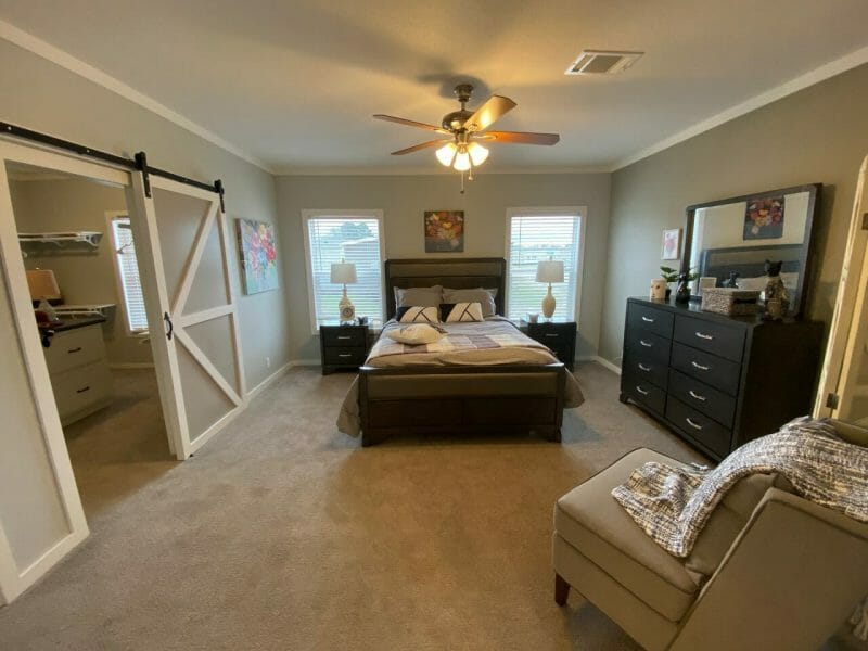 pecan valley v master bedroom 2 - 8